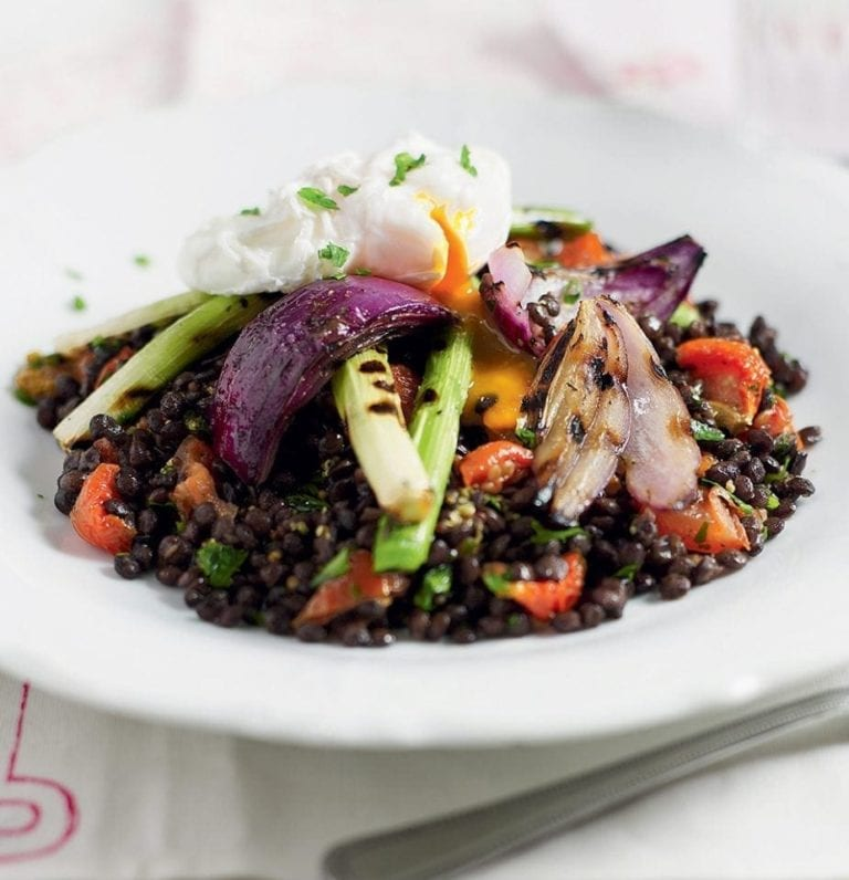 Quick puy lentil salad with a poached egg