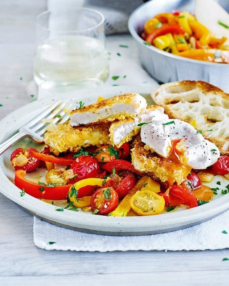 Crispy halloumi with spicy pepper and tomato salsa