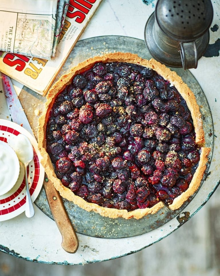 Savoyarde bilberry tart