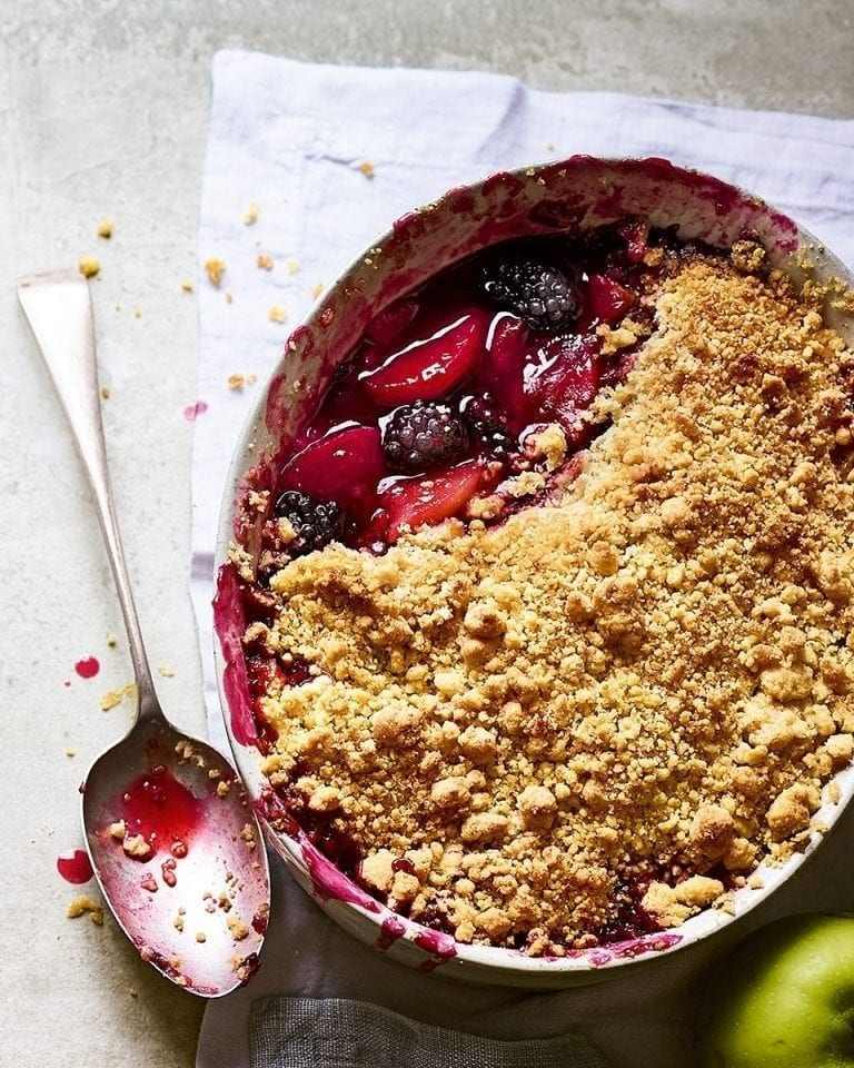 Blackberry and apple crumble – video