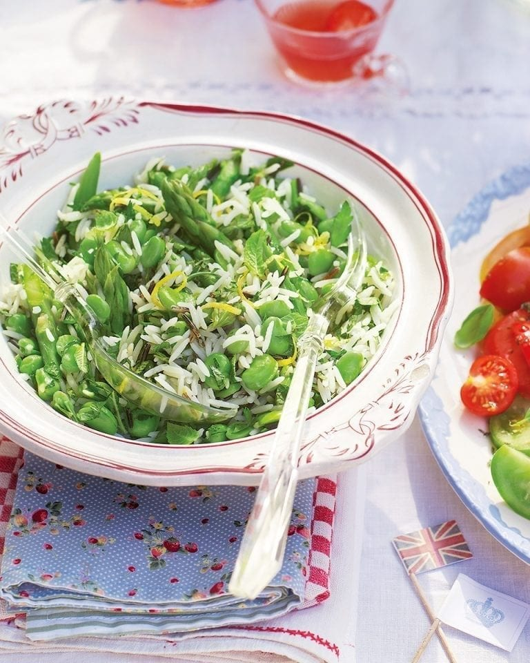 Spring salad with lemony dressing