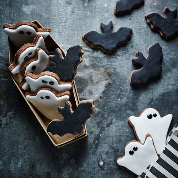 Delicious ghost cookies