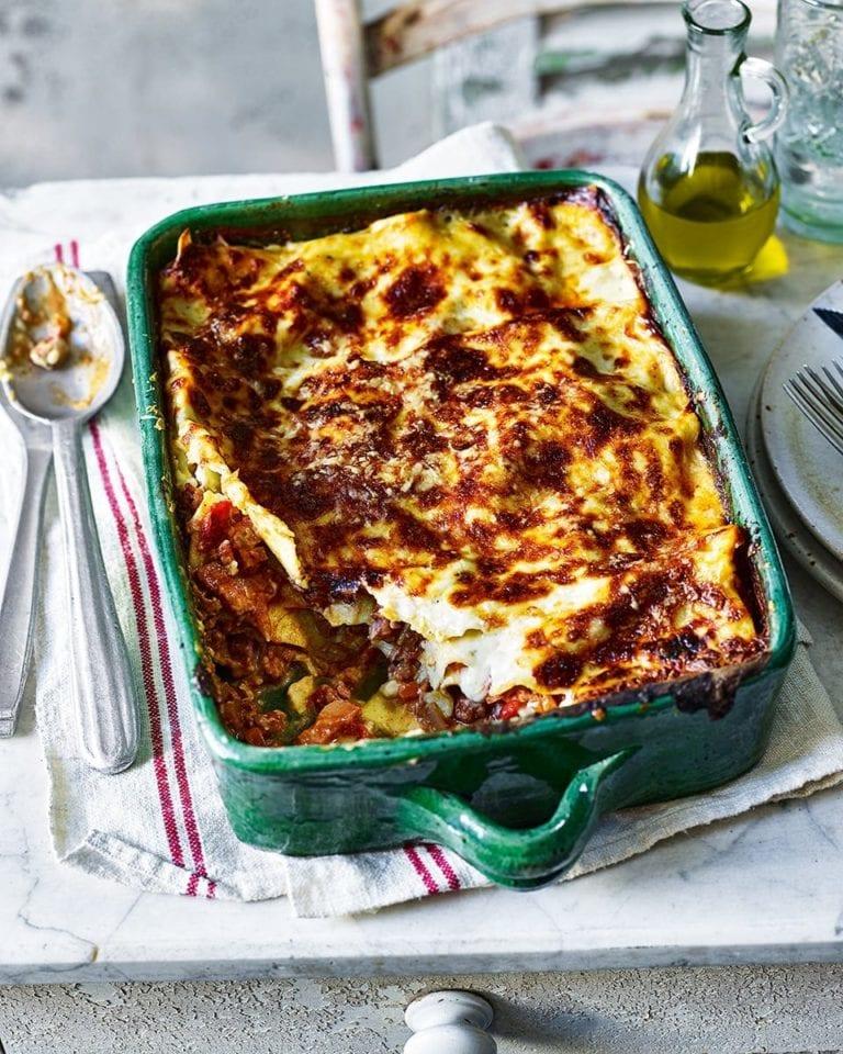 Rabbit ragù lasagne
