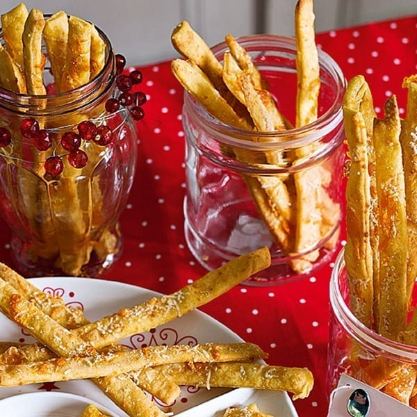 Quick and easy cheese straws – video