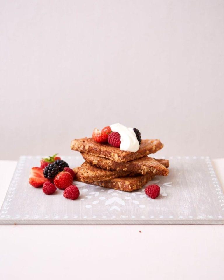 Healthy cinnamon French toast