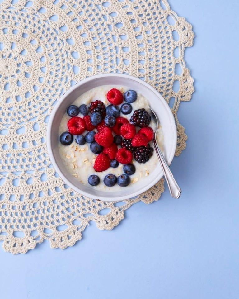 Healthy gluten-free porridge with berries
