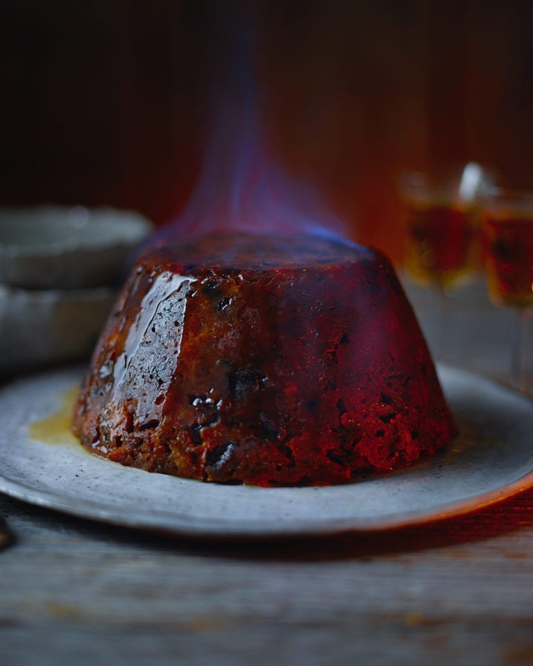 How to steam, flame and serve your traditional pudding