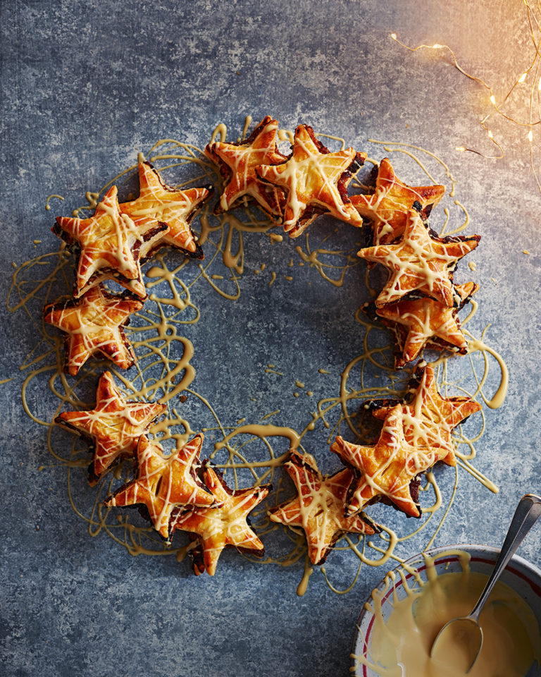Eccles pie star wreath