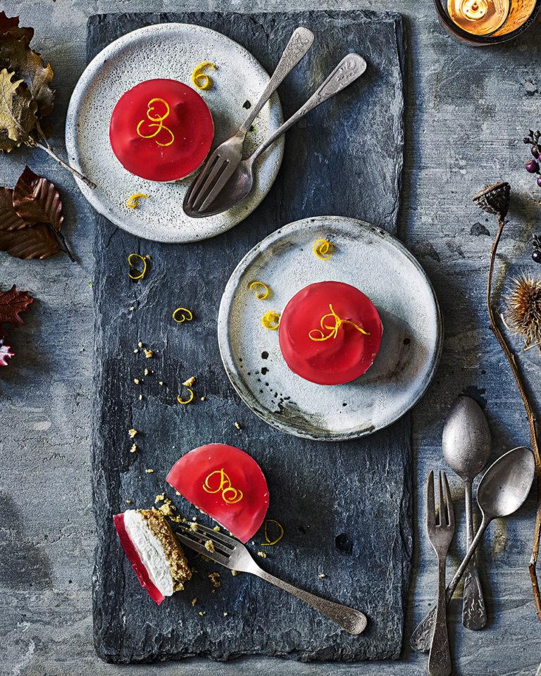 Mini cosmopolitan cheesecakes