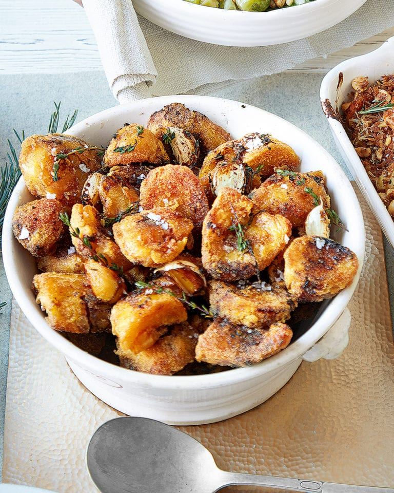 Roast potatoes with polenta, balsamic and thyme