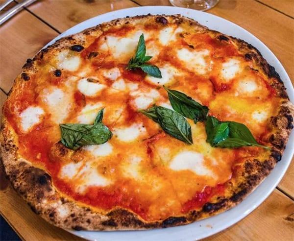 Mamma dough pizza