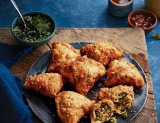 How to make paneer and pea samosas