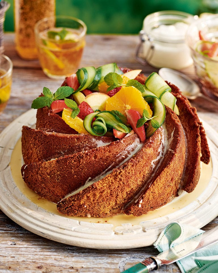 Summer-cup bundt drizzle cake