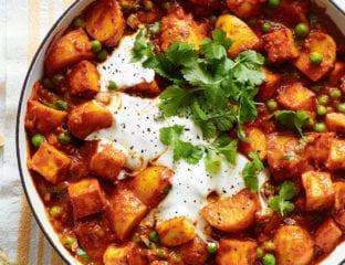 Potato and paneer curry