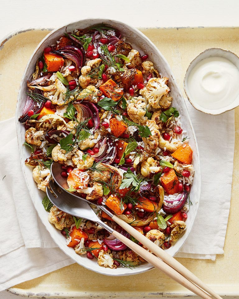 Warm za'atar-spiced cauliflower, red onion and rice salad