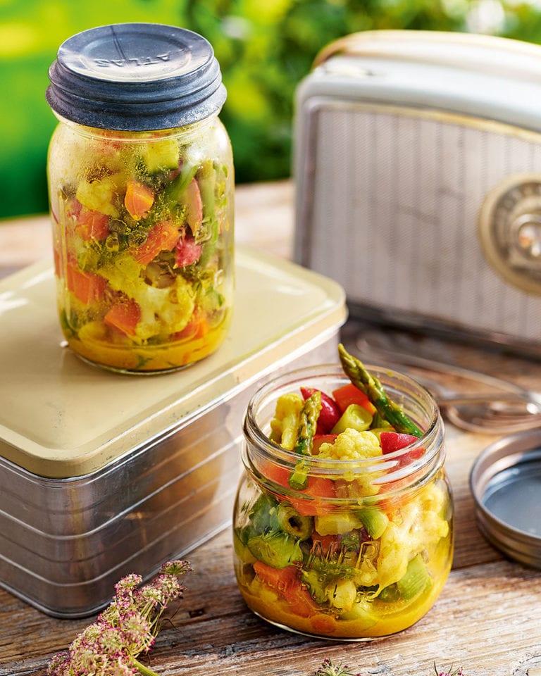 Piccalilli salad