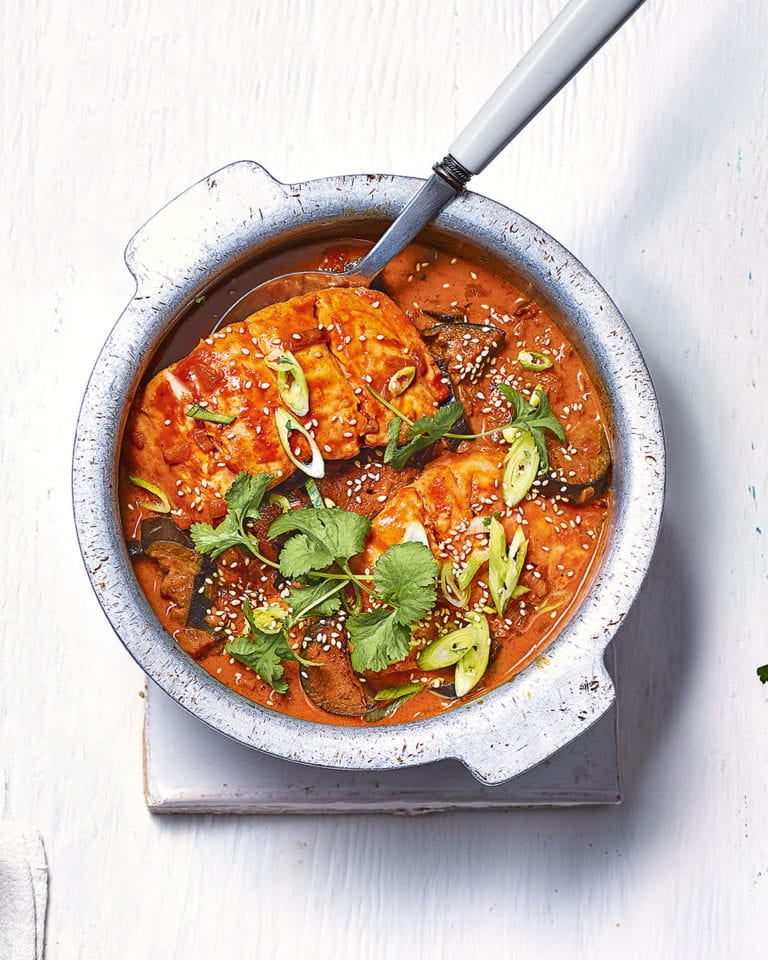 Recipe of the day. - Page 8 Salmon-curry-768x960
