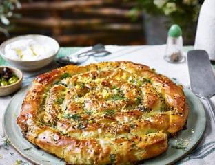 Spinach and feta filo swirl pie