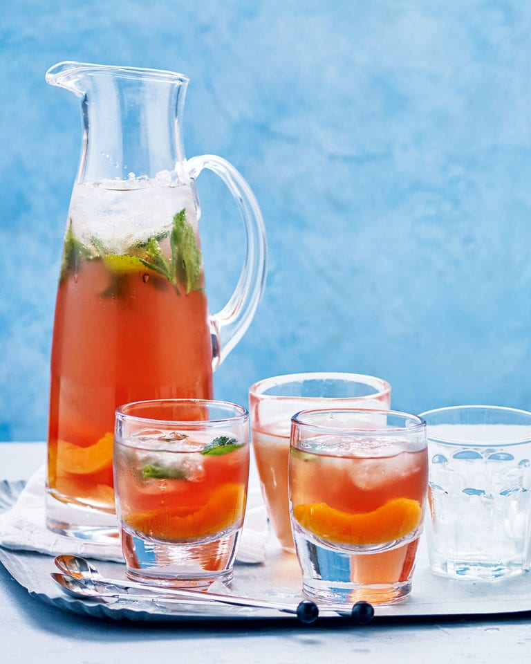 Boozy peach iced tea