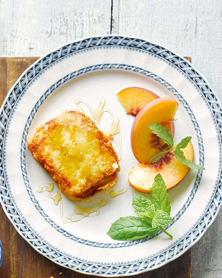 Fried feta saganaki