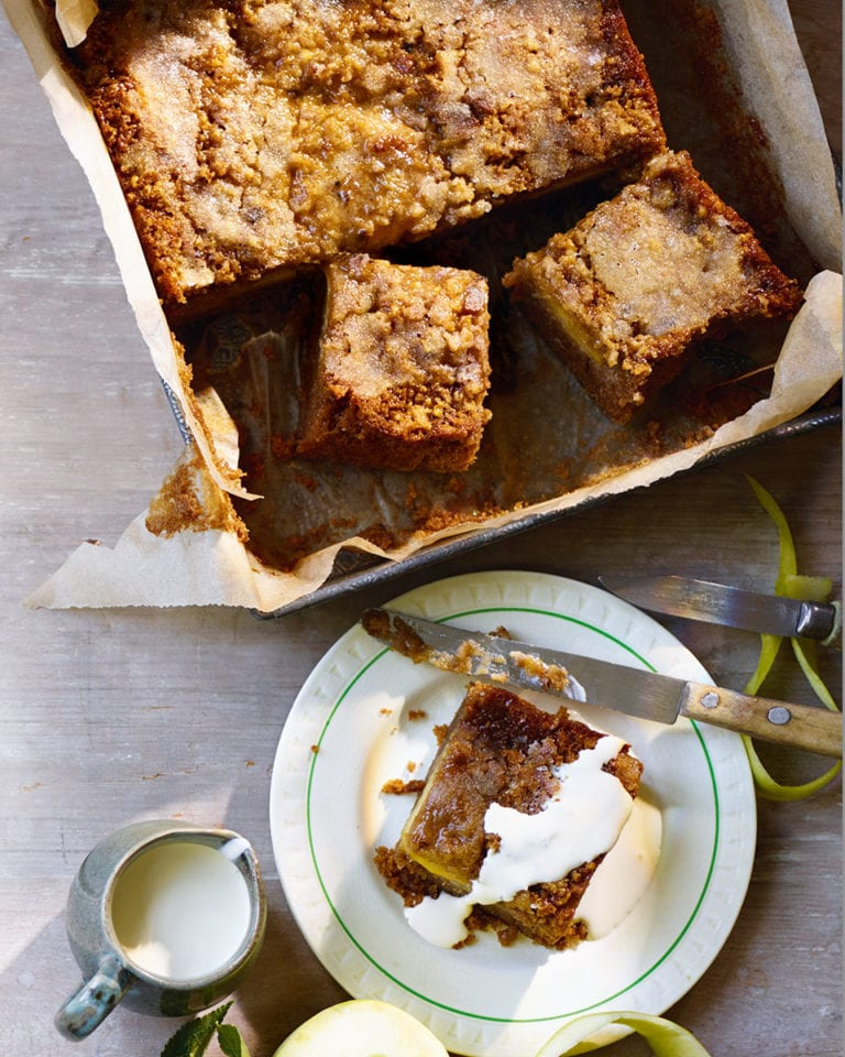 Apple, cinnamon and ginger drizzle cake
