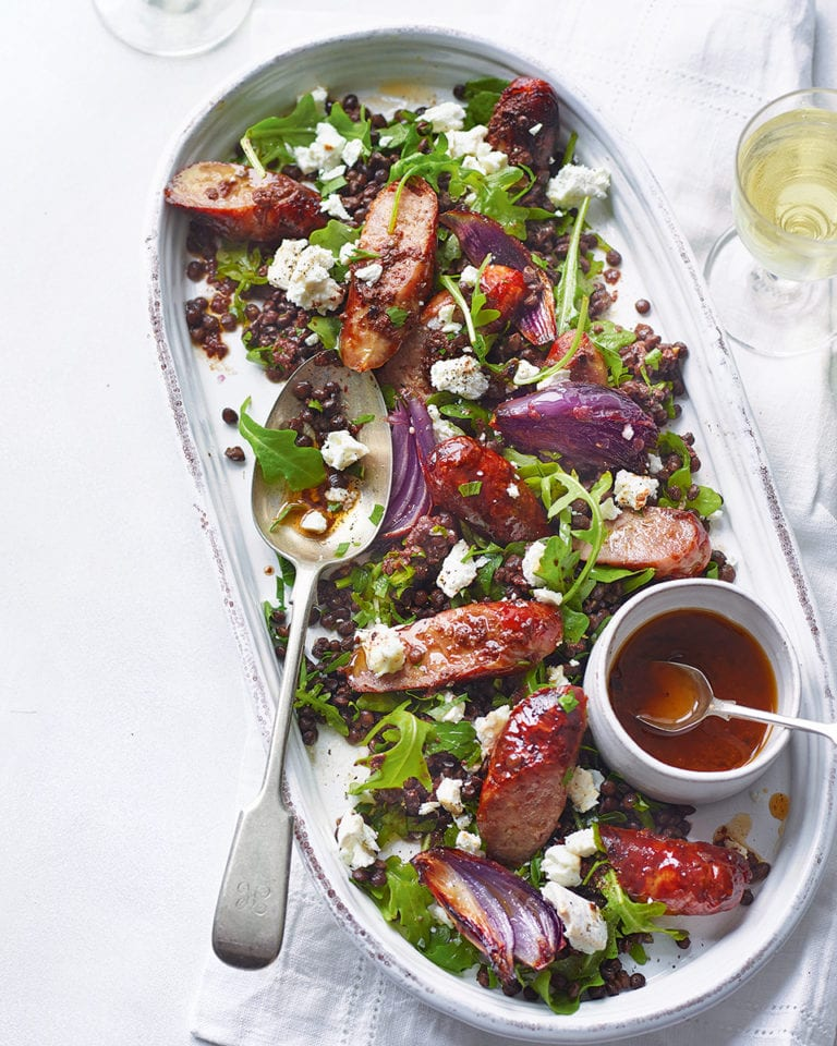 Sausage, lentil and goat's cheese salad with tapenade dressing