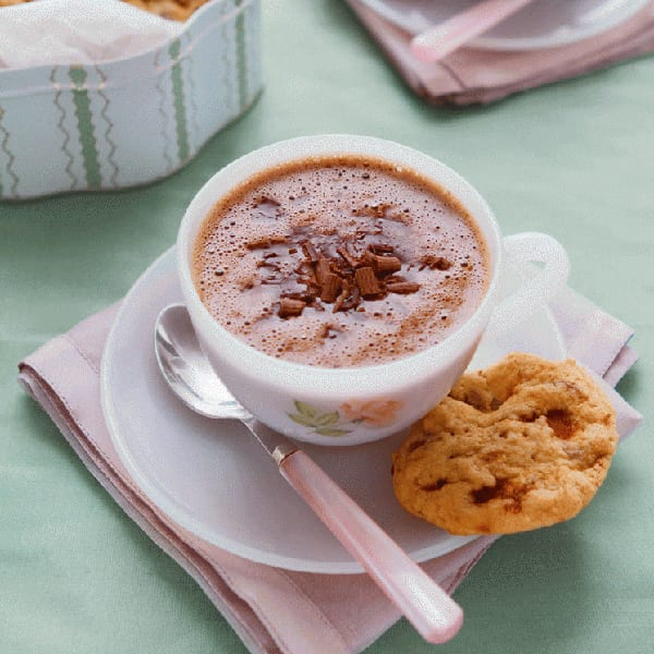 ultimate hot chocolate with honeycomb cookies