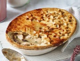 Creamy chicken, mushroom and dijon pie