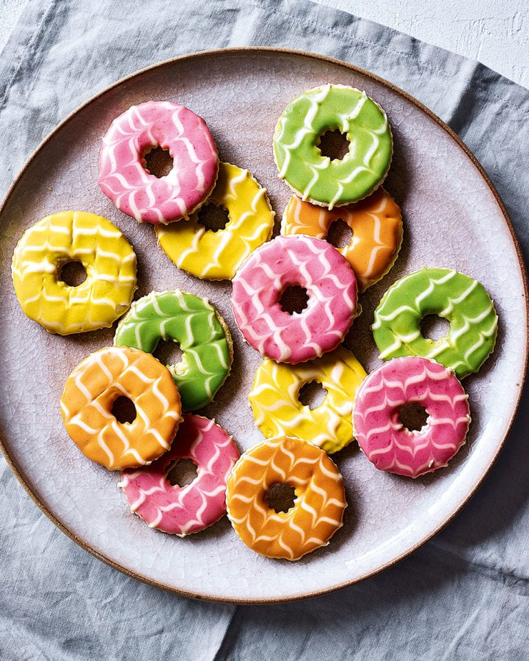 Iced party rings