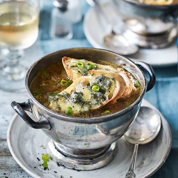 Three-onion soup with stilton croutons
