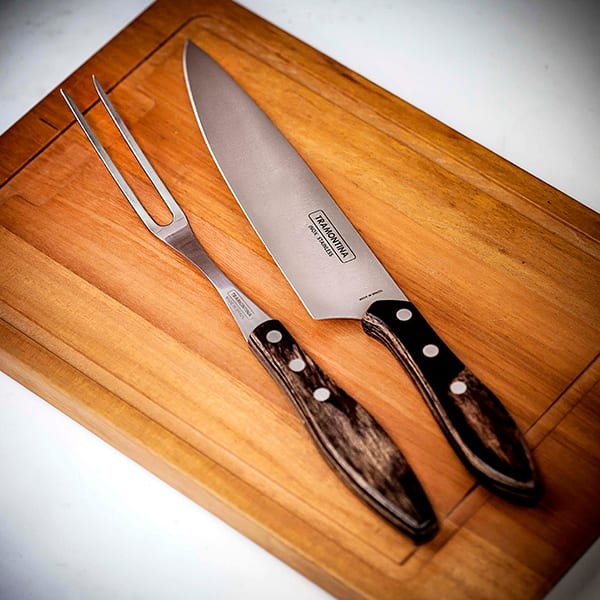 Carving set