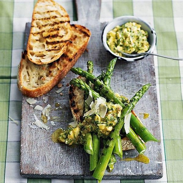 asparagus toasts