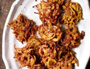 Onion bhajis with yogurt and goat's cheese dip