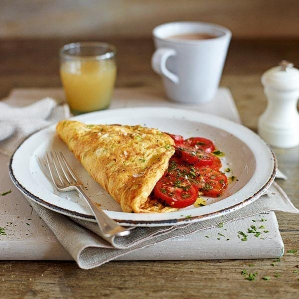 Omelette with tomatoes