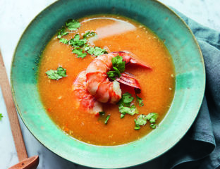 Prawn, chilli and lime soup