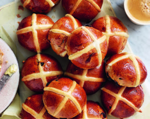 9 best hot cross bun recipes of all time