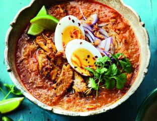 Mohinga (Burmese fish soup)