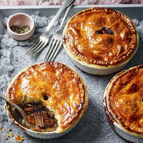 Venison and stout pies