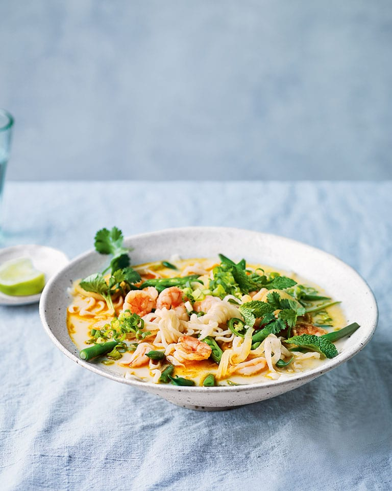 Lemongrass prawn laksa noodles