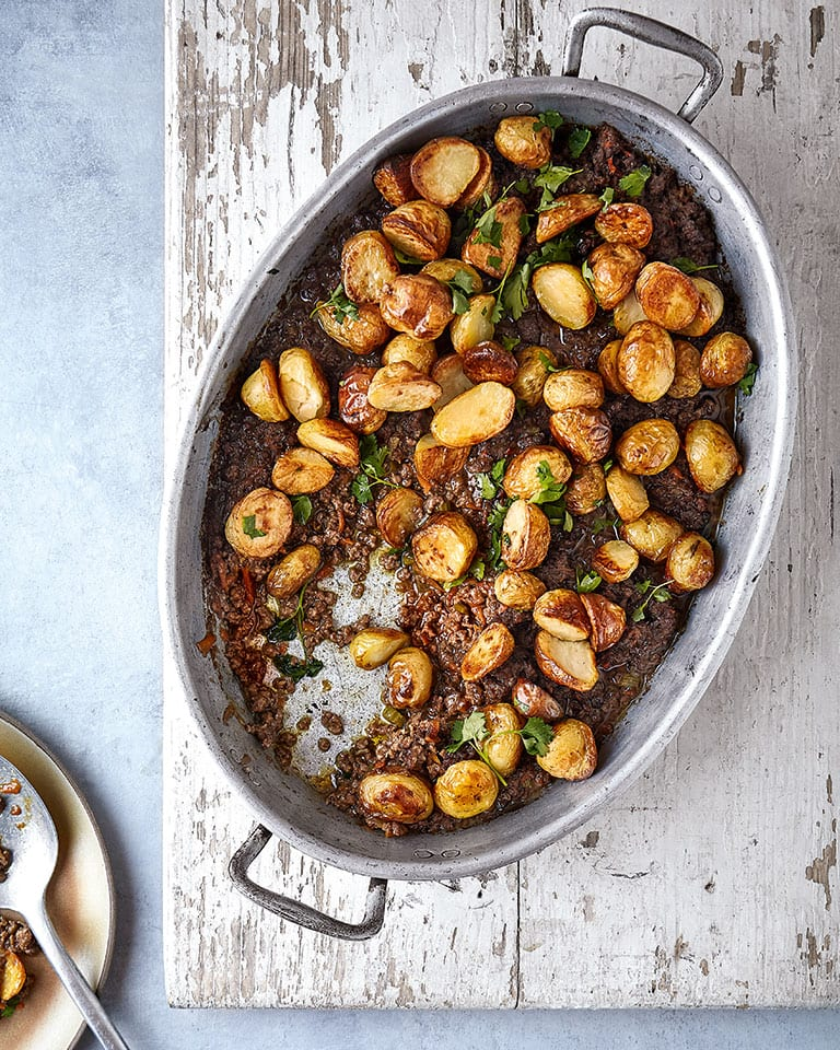 Mince and tatties casserole