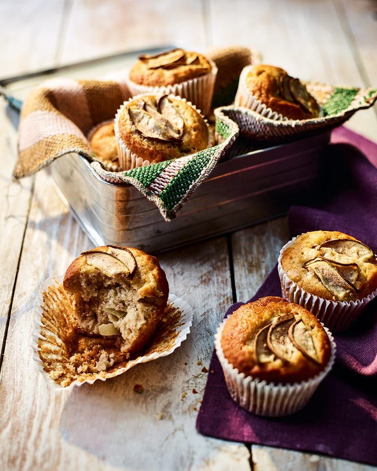 Pear, apple and cider muffins