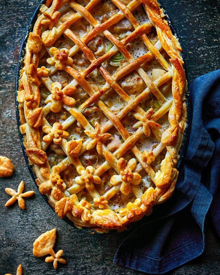 Chicken, ham and mustard lattice pie