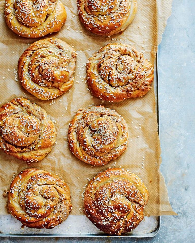 Sweet tahini swirl buns