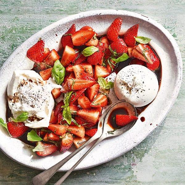 Burrata with strawberries